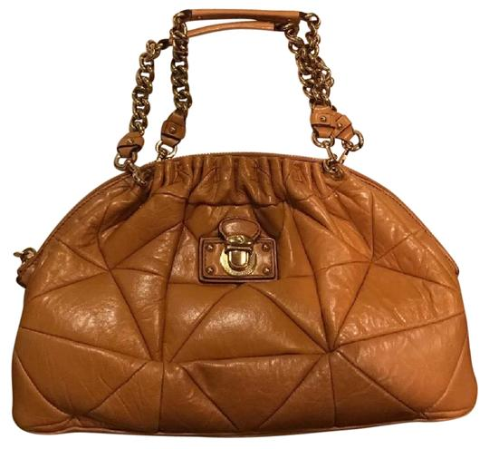 Preload https://item5.tradesy.com/images/marc-jacobs-handbag-shoulder-in-chestnut-leather-tote-21067764-0-1.jpg?width=440&height=440