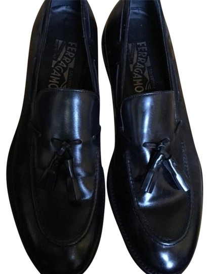 Preload https://item5.tradesy.com/images/salvatore-ferragamo-black-men-s-leather-loafers-flats-size-us-10-regular-m-b-21067844-0-1.jpg?width=440&height=440
