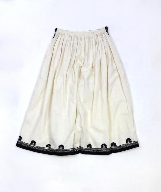 SUNO Embroidered Skirt Cream & Black