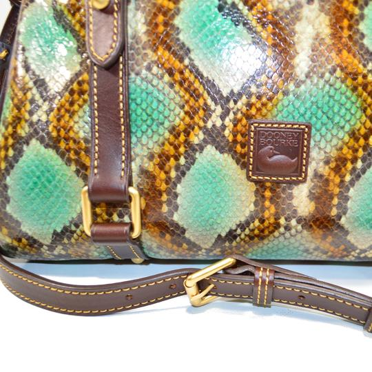 Dooney & Bourke Python 9p80b Gr Satchel in Green