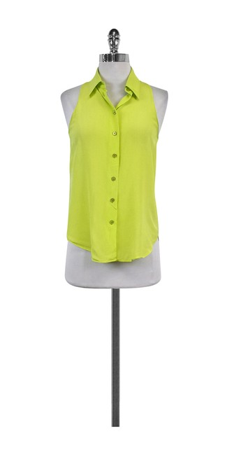 Preload https://item5.tradesy.com/images/moschino-green-lime-button-tank-topcami-size-8-m-21068664-0-0.jpg?width=400&height=650