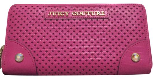 Preload https://img-static.tradesy.com/item/21068727/juicy-couture-pink-classic-zip-around-leather-wallet-0-2-540-540.jpg