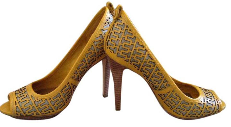 caab884ed Tory Burch Yellow Regan Open Toe Sandal Platforms. Size  US 8 Regular (M ...