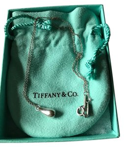 Tiffany & Co. ELSA PERETTI(R) Teardrop Pendant
