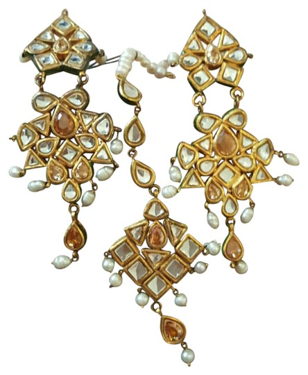 AIM Gold Plated / Pearl Earrings with Mirror work, matching headpiece (teeka)