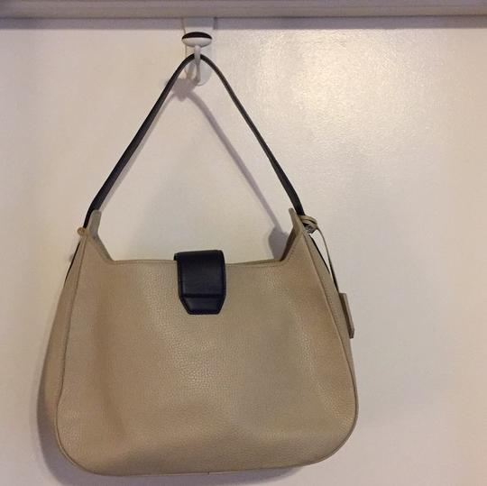 Tory Burch Hobo Bag Image 5