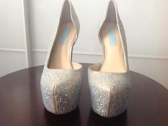 Betsey Johnson D'orsay Like New Silver/blue Platforms
