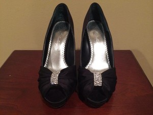 Michelangelo Diana Black Wedding Shoes