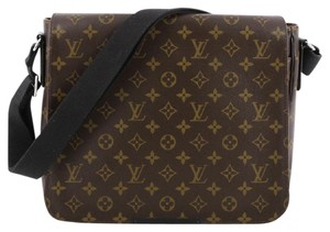 Louis Vuitton District Canvas Cross Body Bag