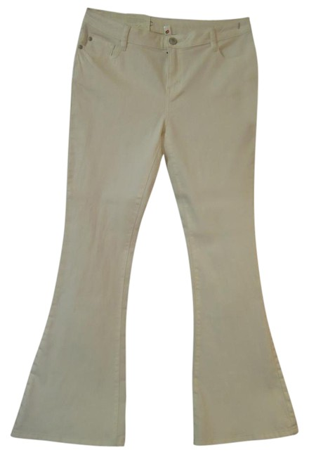 Preload https://img-static.tradesy.com/item/21070394/lc-lauren-conrad-antique-white-41302-denium-flared-pants-size-12-l-32-33-0-1-650-650.jpg