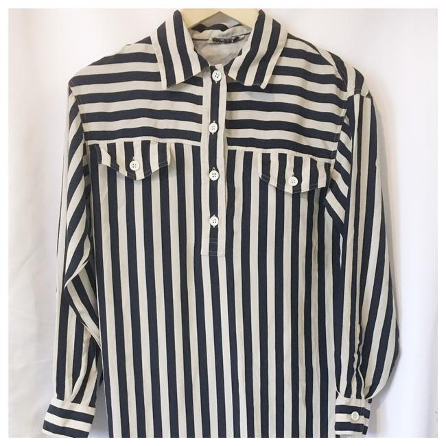 Preload https://item4.tradesy.com/images/salvatore-ferragamo-navy-white-striped-shirtdress-mid-length-workoffice-dress-size-6-s-21070458-0-0.jpg?width=400&height=650