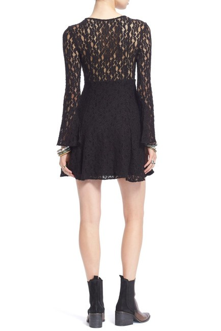 Free People short dress $75 OBO **Free Shipping** NWT Size M Medium Lace on Tradesy