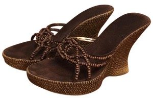 JLo brown Wedges