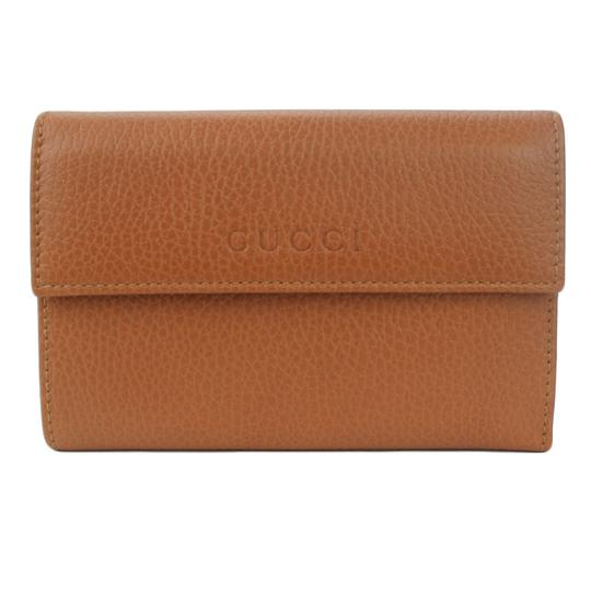 Preload https://item2.tradesy.com/images/gucci-brown-346057-women-s-leather-french-wallet-21070696-0-0.jpg?width=440&height=440