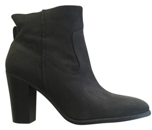 Vince Camuto Round Toe Leather Heel Suede Black Boots