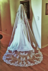 Wedding Cathedral Veil Light Ivory 1 Tier W/metal Comb V-227