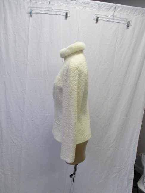 Alexander McQueen Rabbit Fur Collar Size 10 Made In Italy Cream Wool Blend Boucle Jacket Image 6