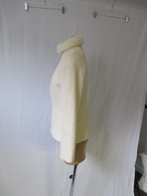 Alexander McQueen Rabbit Fur Collar Size 10 Made In Italy Cream Wool Blend Boucle Jacket Image 7
