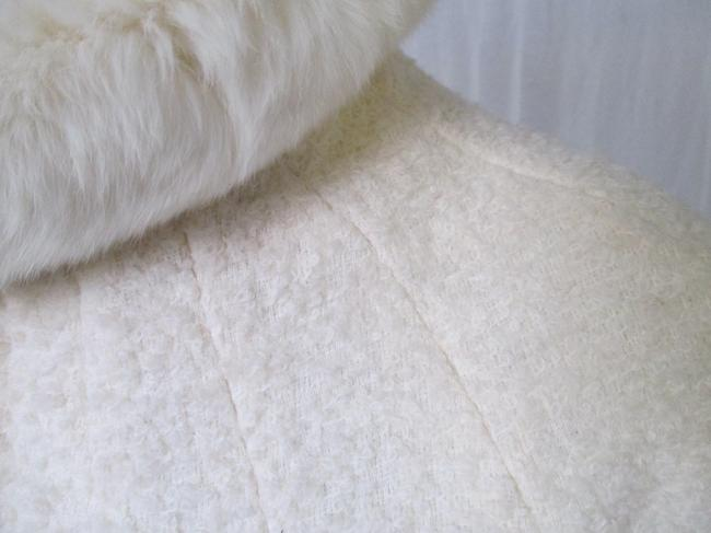 Alexander McQueen Rabbit Fur Collar Size 10 Made In Italy Cream Wool Blend Boucle Jacket Image 9