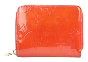 Louis Vuitton ( RARE DATE CODE ) Red Vernis Zippy Compact Wallet 60LVA32717