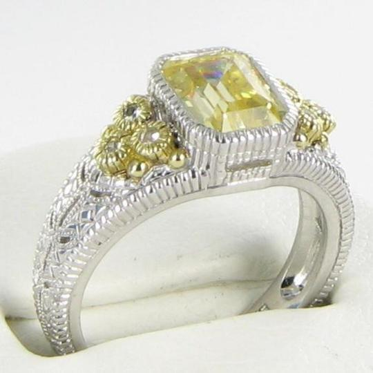 Judith Ripka Small Estate Collection Ring Canary White Sapphires 18k YG 925 Sz 7 Image 1