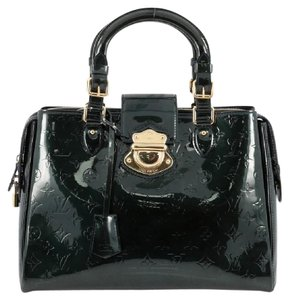 Louis Vuitton Leather Tote in Green