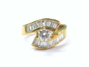 Other 18Kt Multi Shape Diamond Engagement ByPass Jewelry Ring 1.46CT