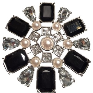 White House | Black Market Jet, Pearl & Crystal Brooch