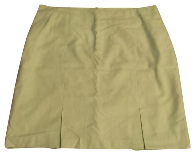 Preload https://img-static.tradesy.com/item/21073813/dress-barn-green-light-knee-length-skirt-size-20-plus-1x-0-1-650-650.jpg
