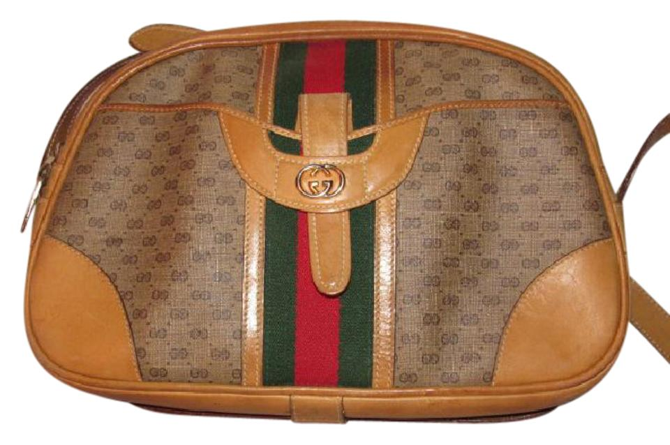 a97bed41660 Gucci High-end Bohemian Mint Vintage Exterior Pocket Bowling Look Perfect  For Everyday Satchel in ...