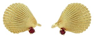 Tiffany & Co. Vintge 18K Yellow Gold & Rubies Seashell Screw Back Earrings