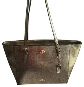 Coach Tote in Metallic Gold