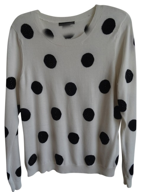 Item - White/Cream with Black Sequence Spots Sweater