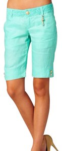 Forme Bermuda Shorts green