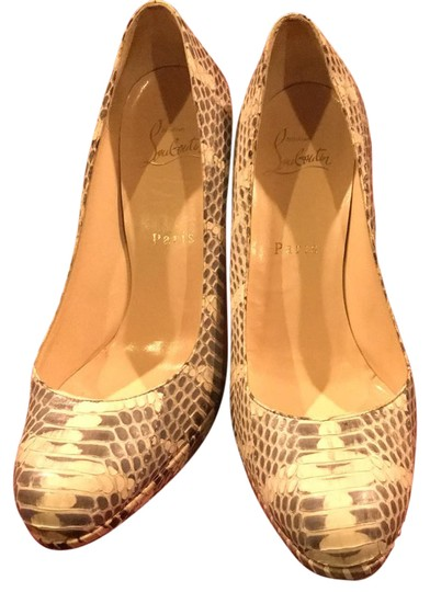 Preload https://img-static.tradesy.com/item/21075132/christian-louboutin-cream-and-grey-python-excellent-condition-pumps-size-us-75-regular-m-b-0-1-540-540.jpg