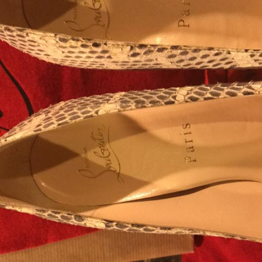 Christian Louboutin cream and grey Pumps Image 9