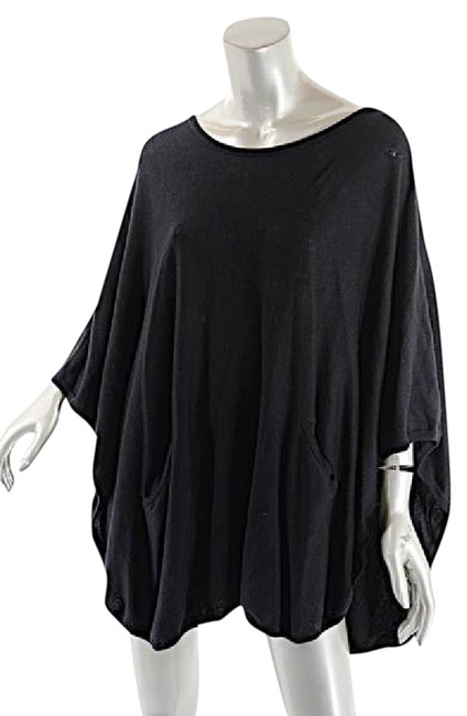 Preload https://img-static.tradesy.com/item/21075855/black-planet-made-in-peru-pima-cotton-poncho-blouse-w-front-pockets-sweaterpullover-size-os-one-size-0-1-650-650.jpg