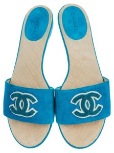 Chanel Floral Interlocking Cc Camellia Embroidered Suede Blue, White Sandals