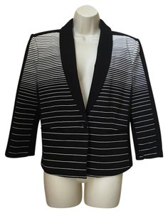 BCBGMAXAZRIA Bcbg Max Azria New With Tags Size Large black and white Blazer