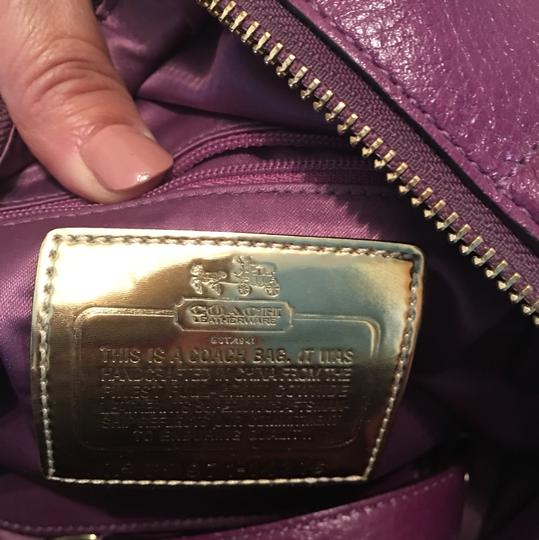 Coach purple Travel Bag Image 4