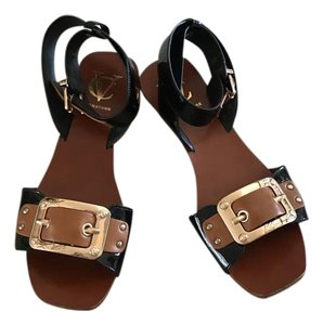 Vince Camuto Black And Tan Sandals