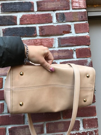 Fendi Tan Leather Cross Body Bag Image 4