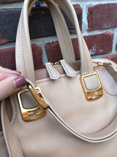 Fendi Tan Leather Cross Body Bag Image 5