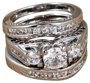 Other New Size 4 3pc Wedding Ring Set