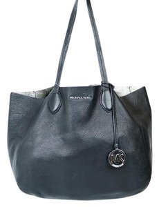 Michael Kors Leather Revesible Attachment Pocket Tote in Black/Silver