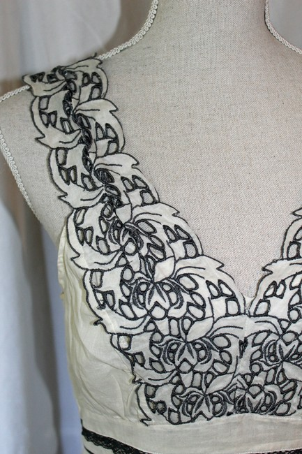 Floreat Top Cream and Grey Linen Image 3
