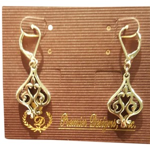 Premier Designs Holly Earrings by Premier Designs