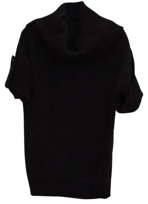 Preload https://img-static.tradesy.com/item/21080544/bcbgmaxazria-rn80734-black-sweater-0-1-650-650.jpg