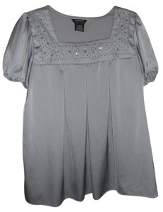 George Top Silky Gray / Silver-like
