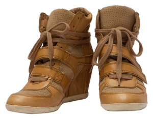 Ash Wedge Camel Athletic